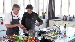 Schweizer Jungköche kochen österreichisch / Aus 10 Jungtalenten wurde die Jungköchin des Jahres gekürt